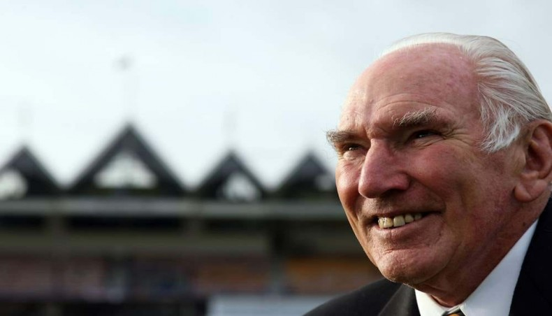 Former New Zealand cricket captain John Reid dies aged 92