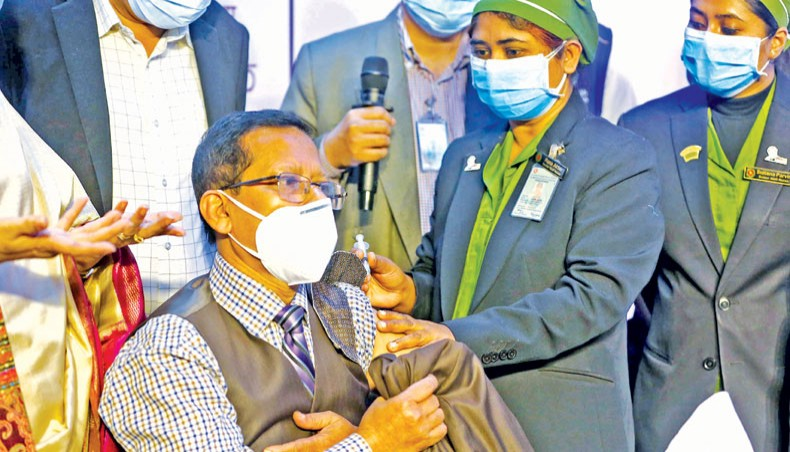 Vaccination begins with 27 frontliners